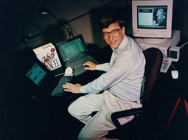 bill-gates-originally-wrote-a-pc-operating-system-for-ibm-he-convinced-them-to-let-him-sell-it-to-others-starting-him-on-the-way-to-becoming-the-richest-man-in-the-world