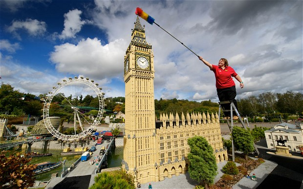 Annual Clean Up at Legoland Windsor Resort