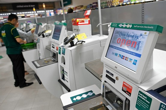 Cashiers Trump Self Checkout Machines At The Grocery Store