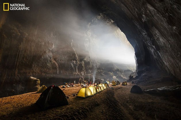 the-photographer-says-of-this-picture-after-two-days-of-trekking-and-caving-we-reach-the-first-camp-inside-hang-son-doong-the-worlds-largest-cave